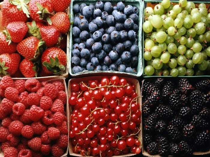 15 Amazing Health Benefits Of Berries You Didn't Know About