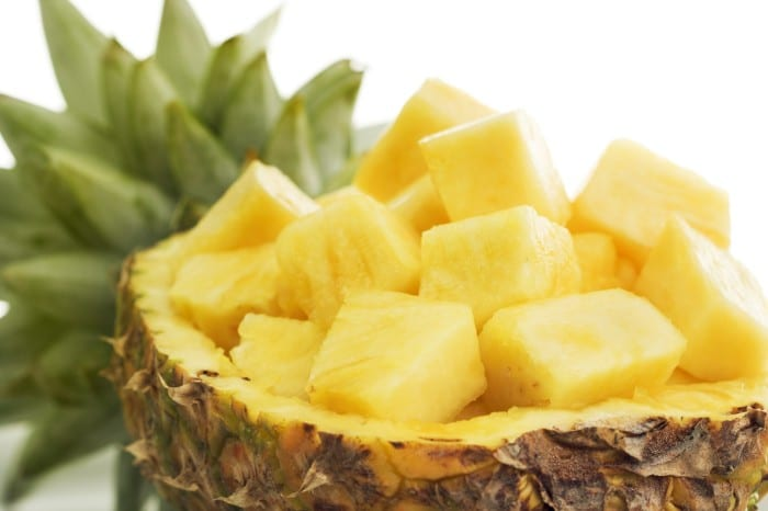 10 Reasons to Add Pineapple to your Water Daily