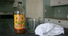 An Amazing List of 50 Uses for Apple Cider! Vinegar – Plus Instructions on How to Consume It Wit ...