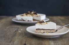 Raw Vegan Almond Joy Cheesecake (Recipe)