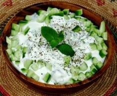 This Salad Lowers Cholesterol And Regulates High Blood Pressure