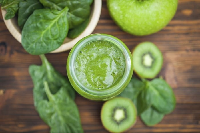 A Glass of This Green Smoothie Will Make Migraine Headache Go Away