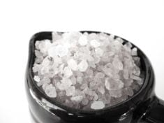 10 Common Health Problems That Can Be Treated Using Epsom Salt