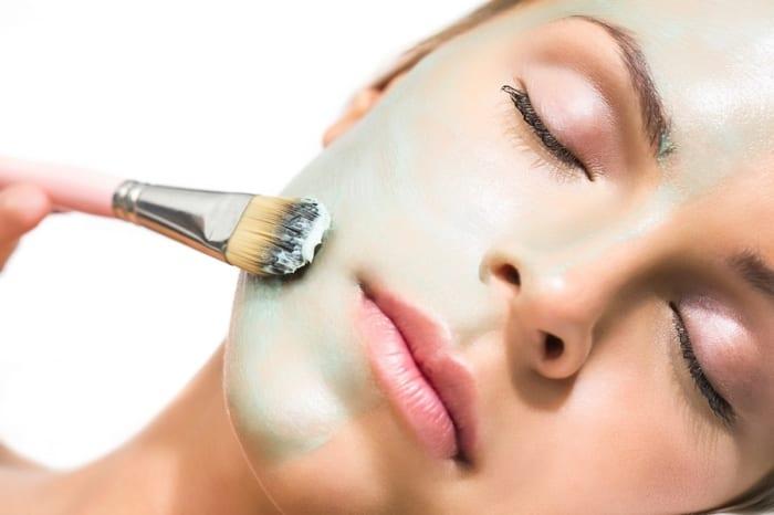Rejuvenating Amla Hair Mask Will help You Reverse Hair Fall
