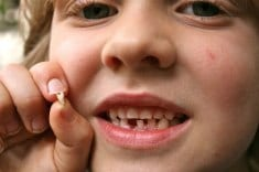 The Dentists Warn: Don't Dispose A Baby Tooth IT Can Save Your Child's Life!