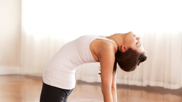 5 Yoga Poses To Help You Show Off a Firm and Flat Belly!