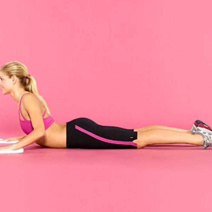 Isla Fisher's Tone Up, Calm Down Yoga Routine