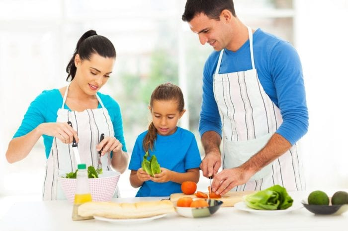 Want Healthy Kids? Setting a Good Example Is What Works