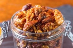 3 Great Reasons to Snack on Pecans, According to a Nutritionist
