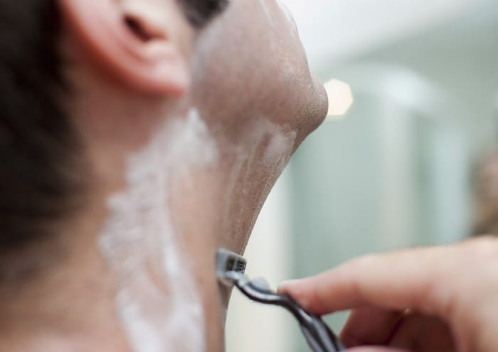 Razor burn -symptoms, causes and other risk factors