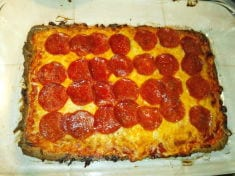 Delicious Low-Carb, High Protein Pizza With Homemade Sauce