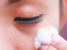 Puffy eyes home remedy treatment